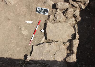 Grd-i Tle ásatás, temetkezések – a 10. sír felépítménye