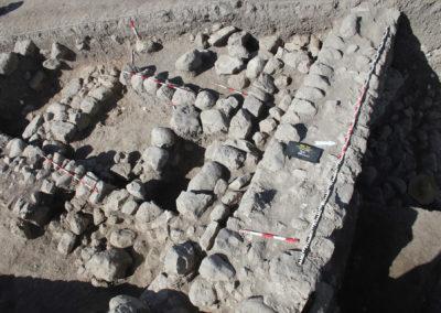 Grd-i Tle ásatás objektumok, kerítőfalak